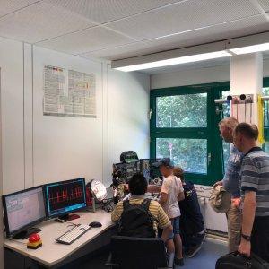 Versuchsaufbau der Laborversuche innerhalb der Kraftfahrzeugmechatronik